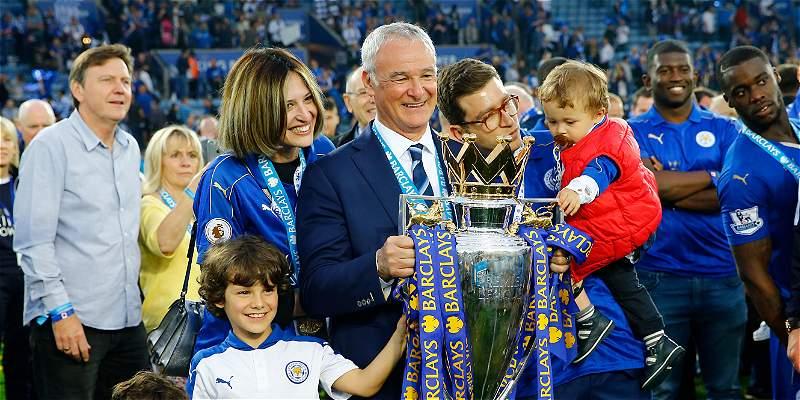 Claudio Ranieri fue elegido como el técnico del año en Inglaterra