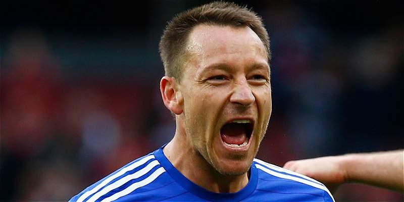 Chelsea le ofreció un año más de contrato a John Terry