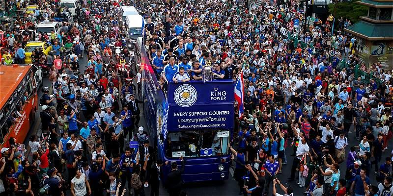Como si fuera local: Leicester celebró su título en Tailandia