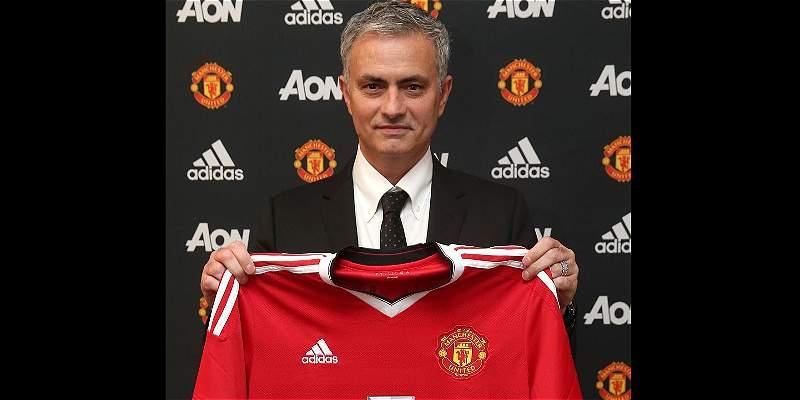 José Mourinho fue presentado como nuevo DT del Manchester United
