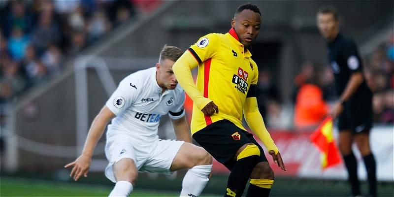 Camilo Zúñiga jugó 63 minutos en el empate 0-0 de Watford con Swansea