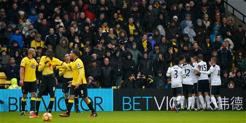Sin Camilo Zúñiga, Watford fue goleado 1-4 por el Tottenham Hotspur