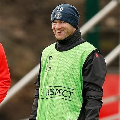Rooney no dejará Manchester United en febrero pese al interés de China