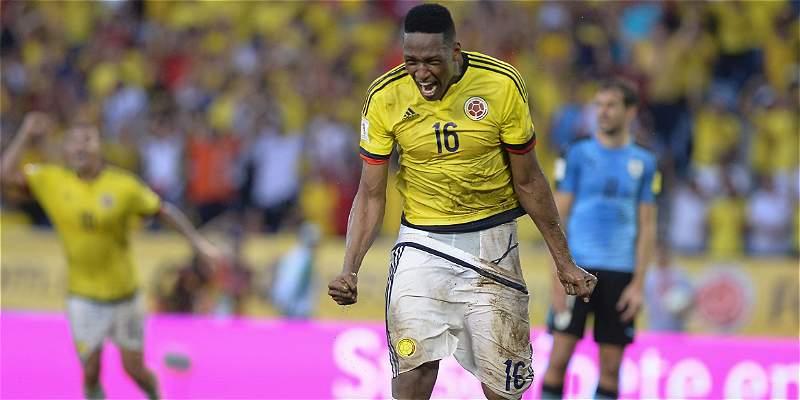 Yerry Mina dice ser feliz en Palmeiras y evita el tema Barcelona