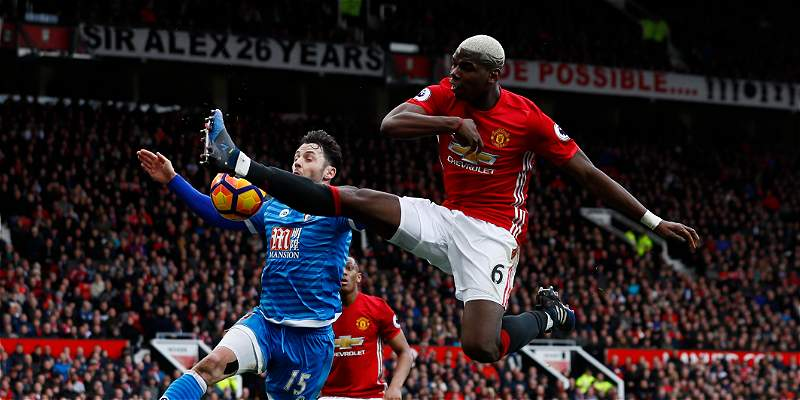 Manchester United no pasó del 1-1 en Old Trafford contra Bournemouth