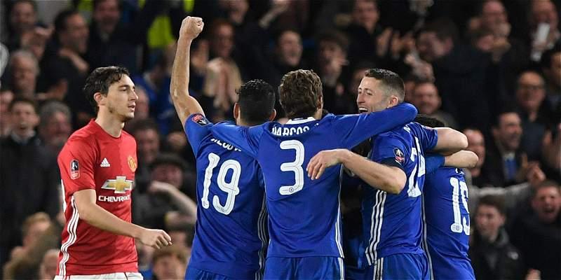 Chelsea es semifinalista de la Copa FA: venció 1-0 a Manchester United