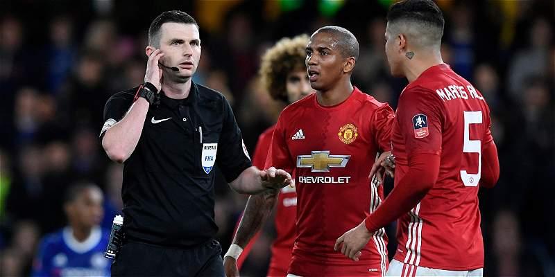 Investigarán el comportamiento de jugadores de Manchester United