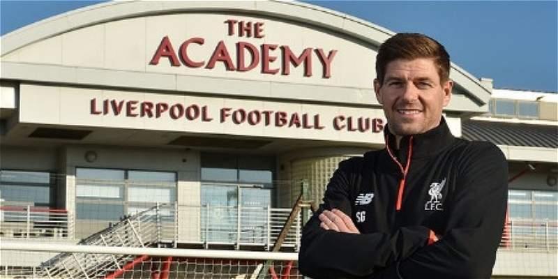 Liverpool confirmó que Steven Gerrard dirigirá al equipo Sub-18