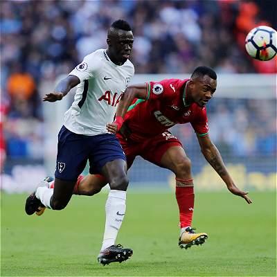 Dávinson Sánchez estuvo los 90 en el 0-0 del Tottenham contra Swansea
