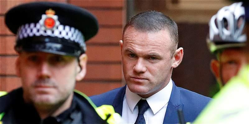 Rooney: forzado a trabajo comunitario y sin licencia por manejar ebrio