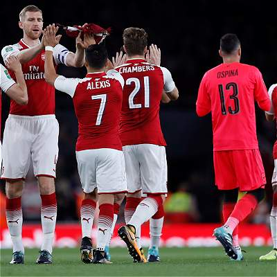 Ospina no tuvo líos para clasificar con Arsenal en la Copa de la Liga