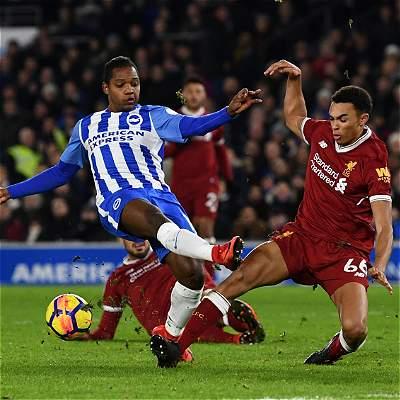 Liverpool goleó 1-5 al Brighton, que tuvo a José Izquierdo 30 minutos