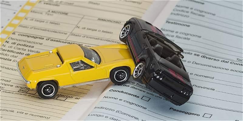 4 tips para elegir la mejor póliza de seguros