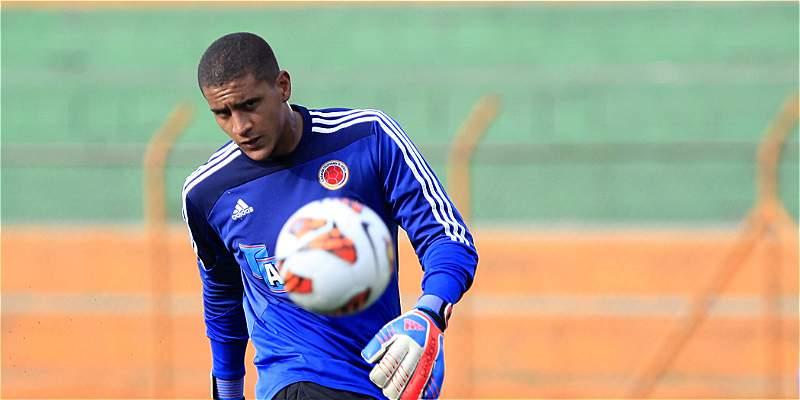 Pékerman y dos jugadores de la Selección ya están en Barranquilla