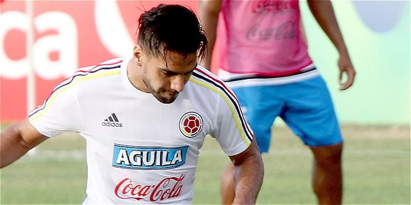 Falcao volvió a sonar por un golazo de chilena en práctica de Colombia