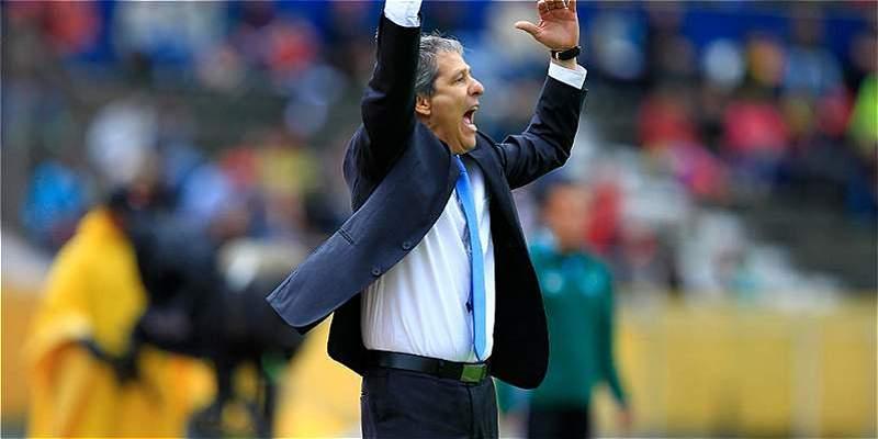 Carlos \'Piscis\' Restrepo no seguirá como técnico de la Sub-20