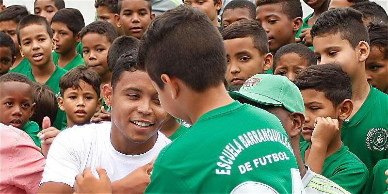 \'Colombia está mostrando el fútbol de la Eliminatoria pasada\': Muriel