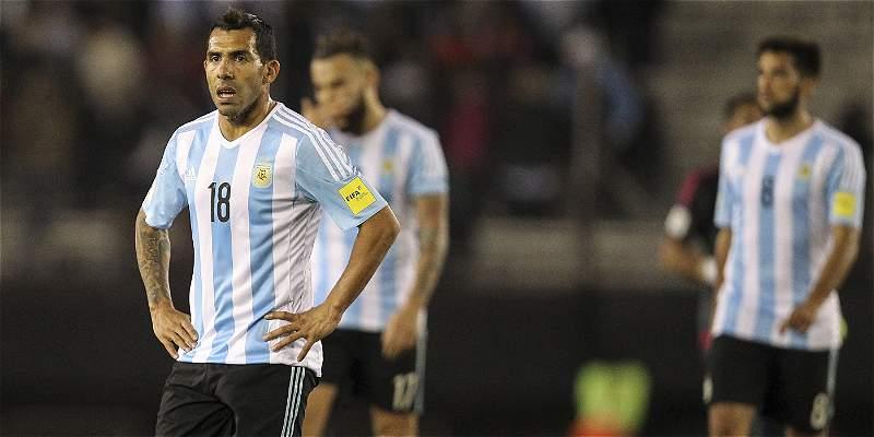 \'Sin rumbo\' y \'Ecuaterror\', los titulares de la prensa argentina