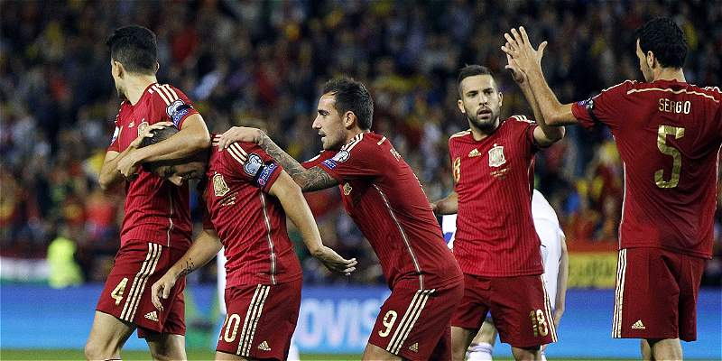 España selló su cupo a la Euro con un triunfo 4-0 sobre Luxemburgo