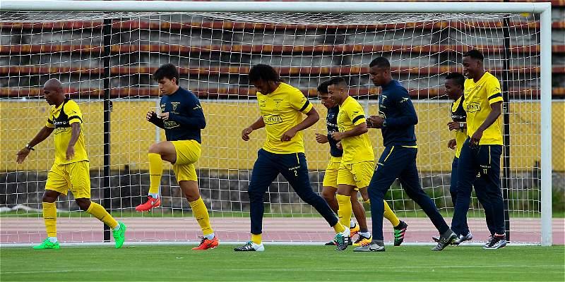 Ecuador quiere seguir en racha en Eliminatorias: recibe a Paraguay