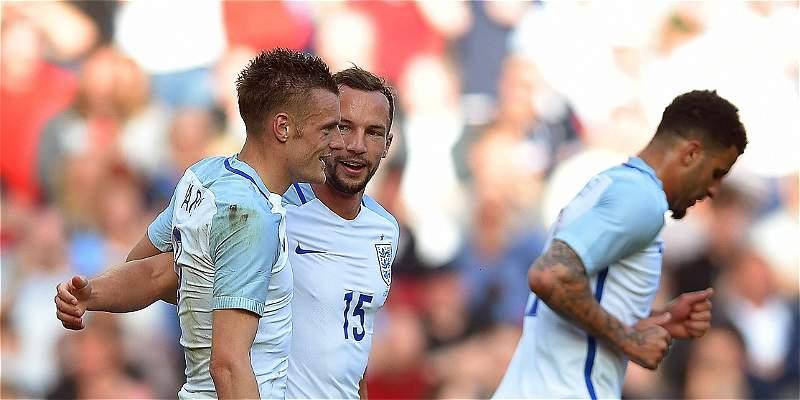 Inglaterra inició preparación para la Euro con un 2-1 sobre Turquía