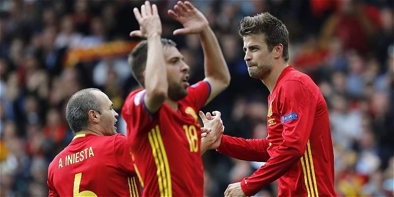 España convocó 23 jugadores para juegos contra Italia y Albania