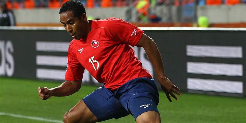 Jean Beausejour se desgarró y es duda en Chile para juego con Colombia