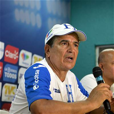 Jorge Luis Pinto eligió a 18 hondureños para amistoso contra Ecuador