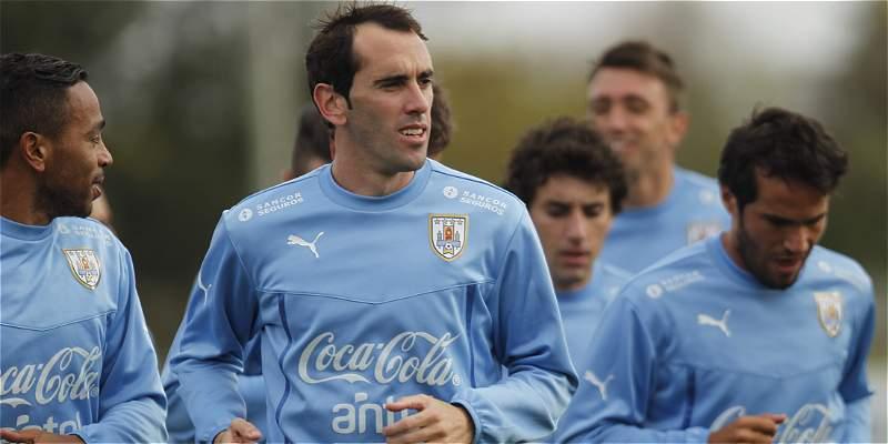 Uruguay no tendrá a Diego Godín por lesión pero regresará Cáceres
