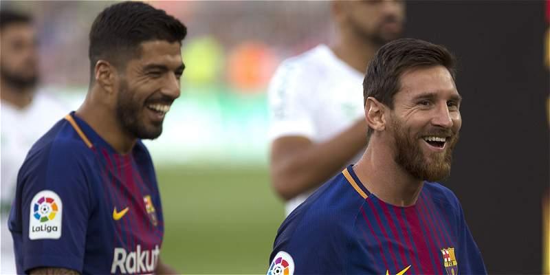 Messi y Suárez, la dupla elegida para el Mundial 2030