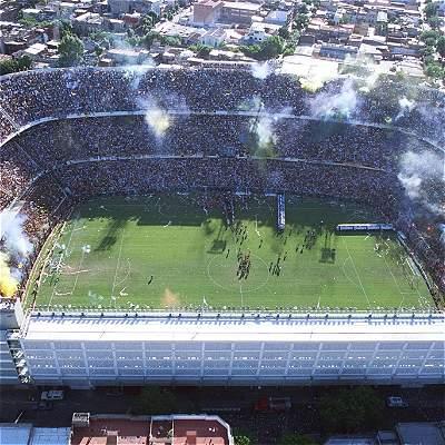 De estadios, cábalas y clasificaciones: Argentina, en La Bombonera