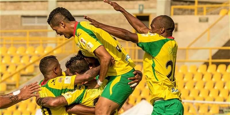 Real Cartagena venció 2-0 a Barranquilla y se afianza en los ocho