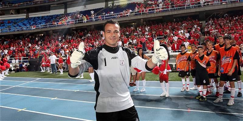 América donará mitad de taquilla del juego contra Barranquilla a Viera