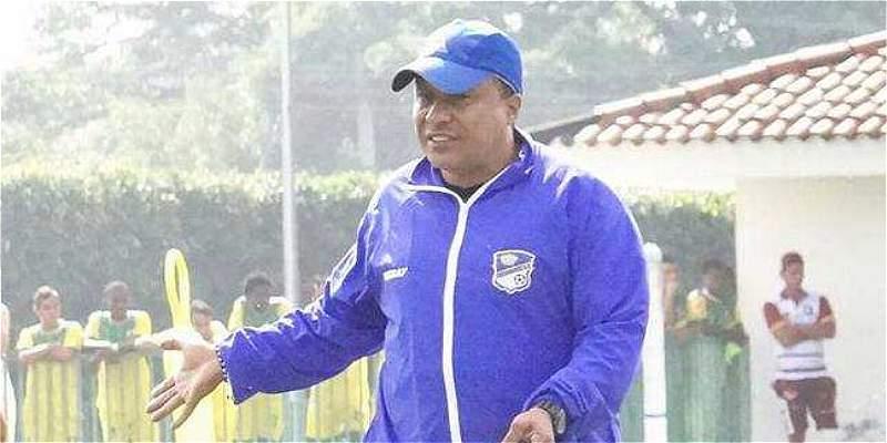 Por decisión de la directiva, Álex Escobar no es más DT de Orsomarso
