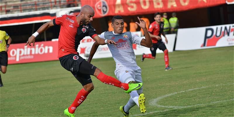 Cúcuta no desentonó y logró una buena ventaja: 3-0 a Barranquilla