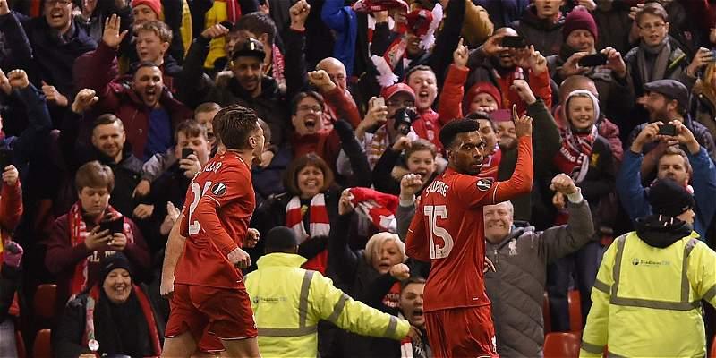 Liverpool ganó el primer clásico en la Europa League: 2-0 al United