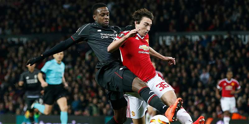 Liverpool empató 1-1 con el United y avanzó a cuartos de Europa League