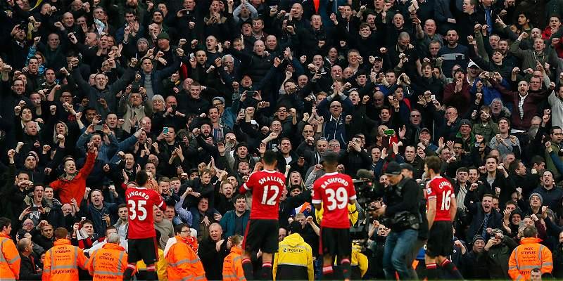 La Uefa investigará cánticos ofensivos en llave United vs. Liverpool