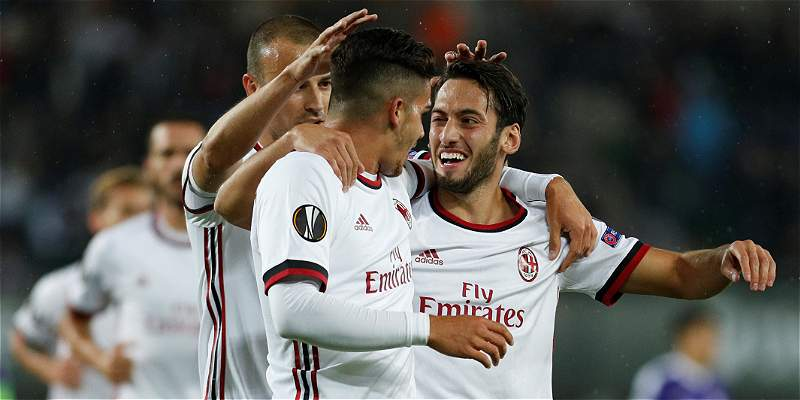 Cristian Zapata no sufrió con el Milan, que goleó 1-5 al Austria Viena