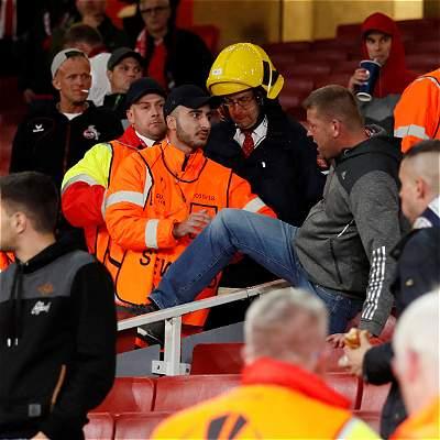 Se juega el partido Arsenal vs. Colonia tras superar lío de seguridad