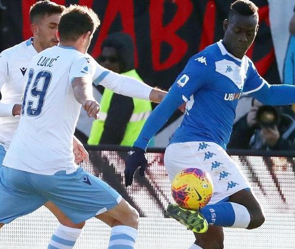 Brescia vs. Lazio: nuevo episodio de insultos racistas contra Mario Balotelli | Serie A | Serie A 2