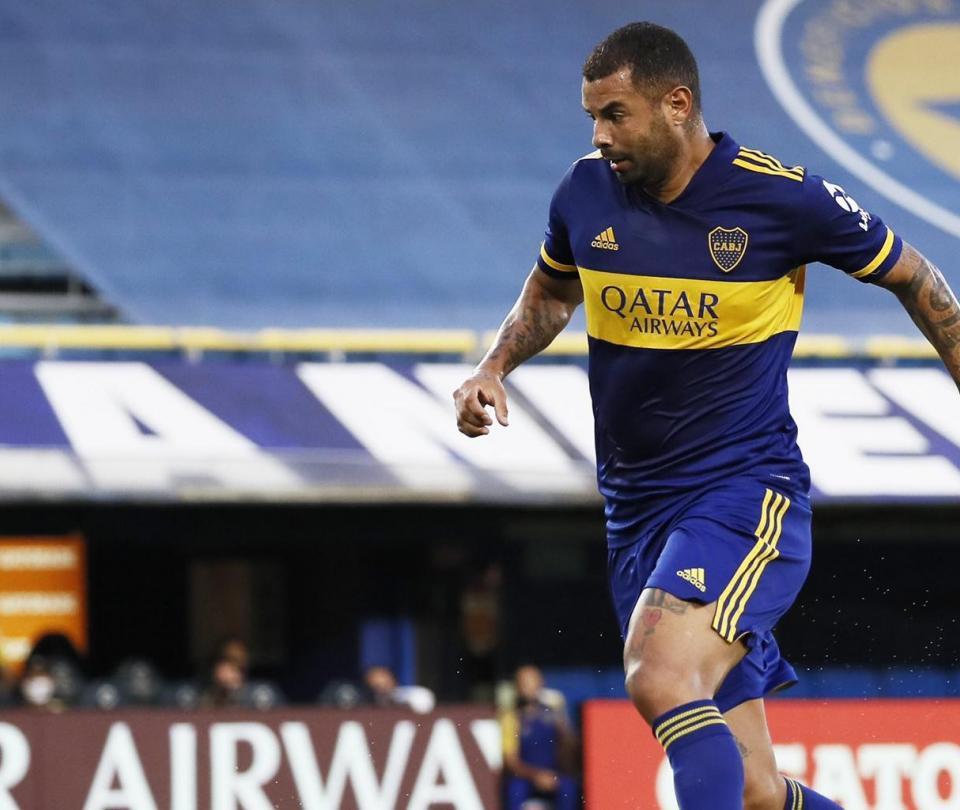 Asistencias de Cardona y Villa en la victoria de Boca sobre Huracán 1