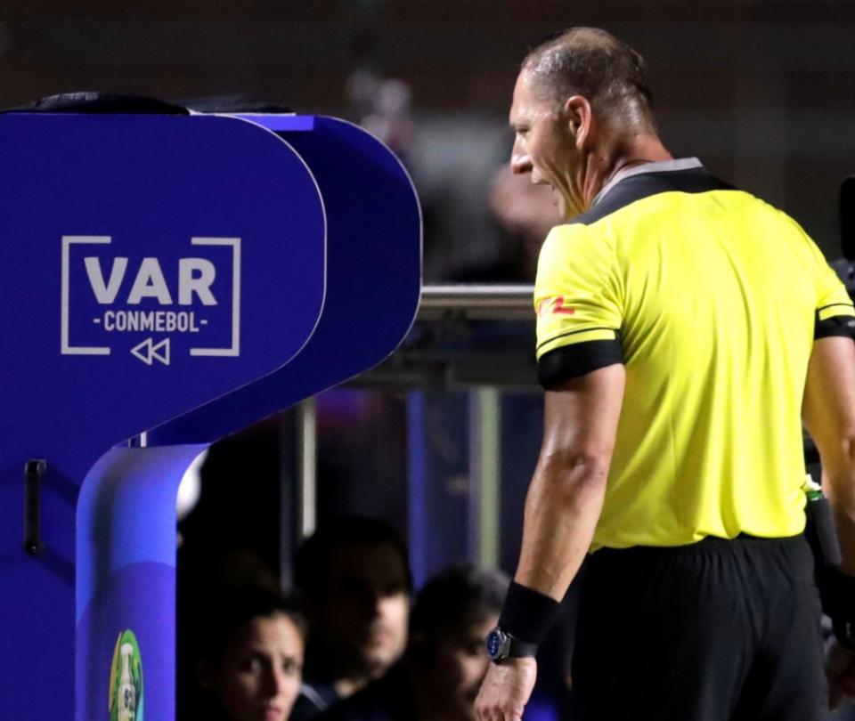 Libertadores hoy: árbitros que estarán y cuál será la estrategia de Conmebol 2020 | Copa Libertadores 1