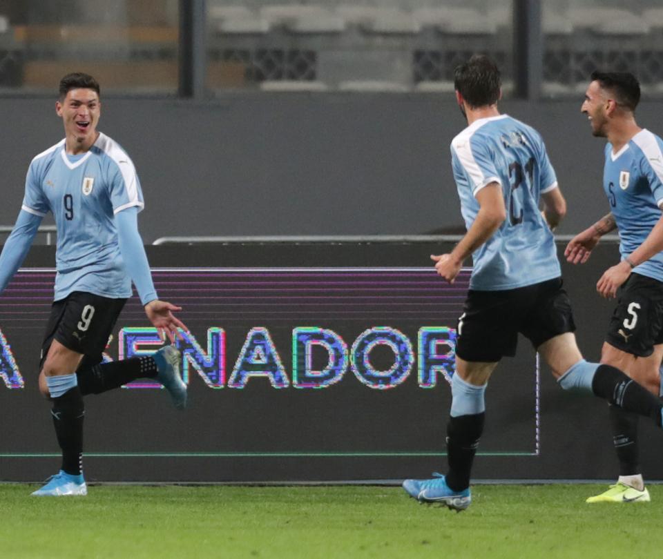 Gol de Darwin Núñez en su debut con la selección de Uruguay en amistoso vs. Perú   Selecciones Nacionales 1