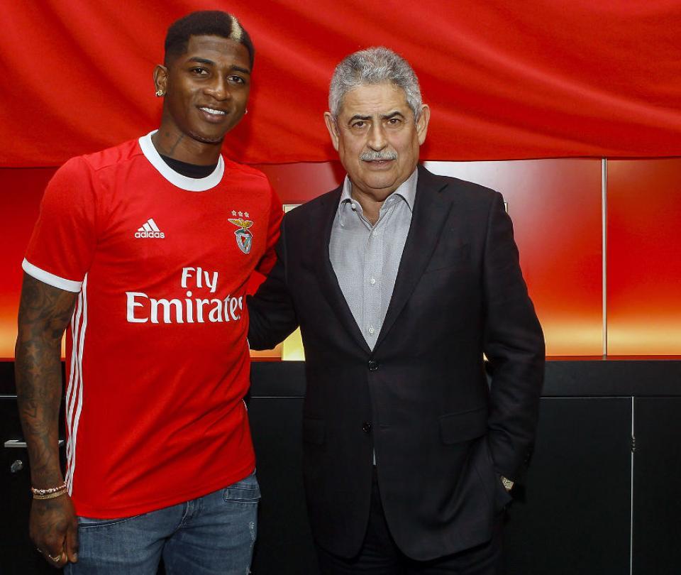 Yony González fue oficializado por Benfica para la Liga de Portugal en el año 2020   Colombianos en el Exterior 1