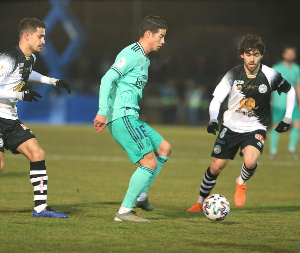James y una nueva oportunidad para brillar: titular contra Zaragoza 1