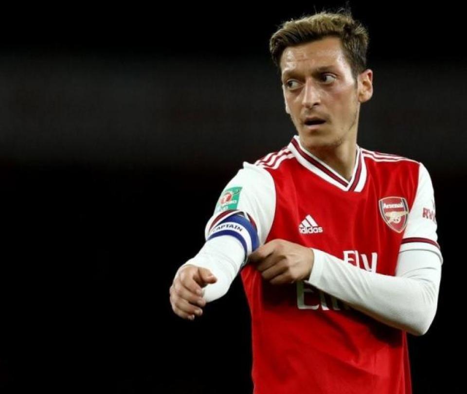 Mesut Ozil rompe el silencio: manifiesta su inconformidad con Arsenal | Premier League 1