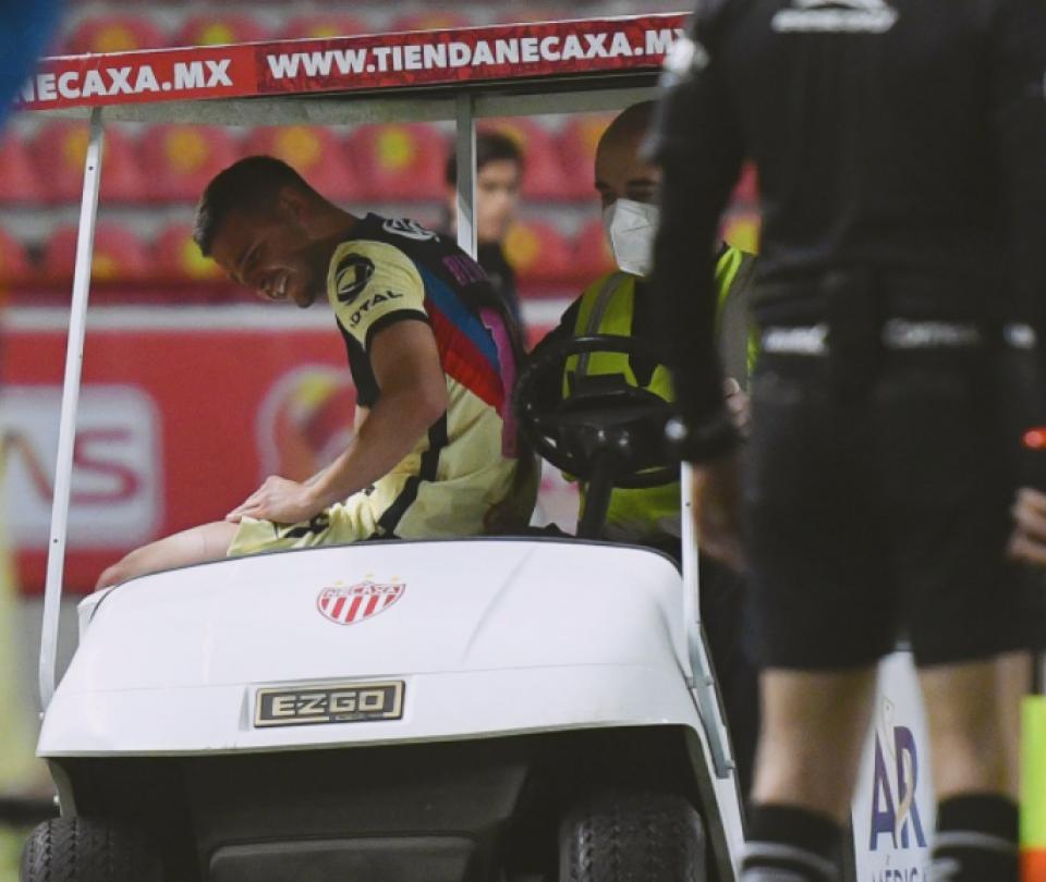 Trágico momento para Benedetti: volvió a lesionarse de su rodilla 1