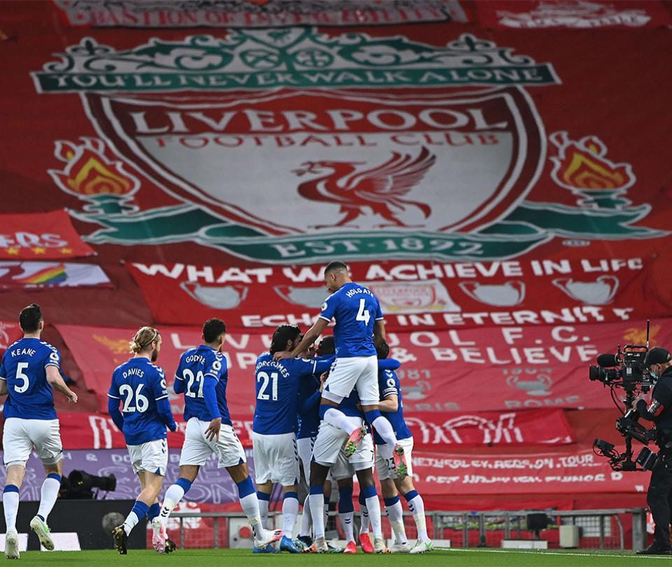 Everton venció a Liverpool 0-2 en Anfield   No ganaba desde hace 21 años en Liga de Inglaterra   Premier League 1