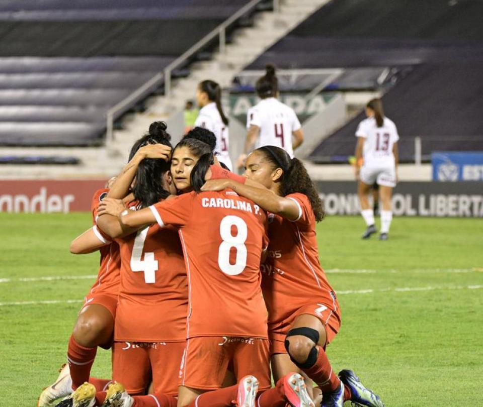 ¡Orgullo escarlata! Ojo al equipo ideal de la Libertadores Femenina 1